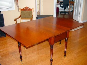 table-002w